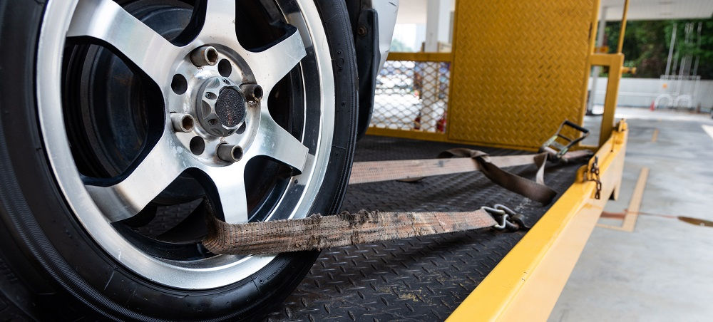 Tow vs Recovery Straps